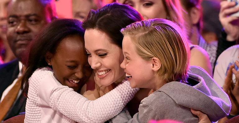 Angelina Jolie e Filhos 2