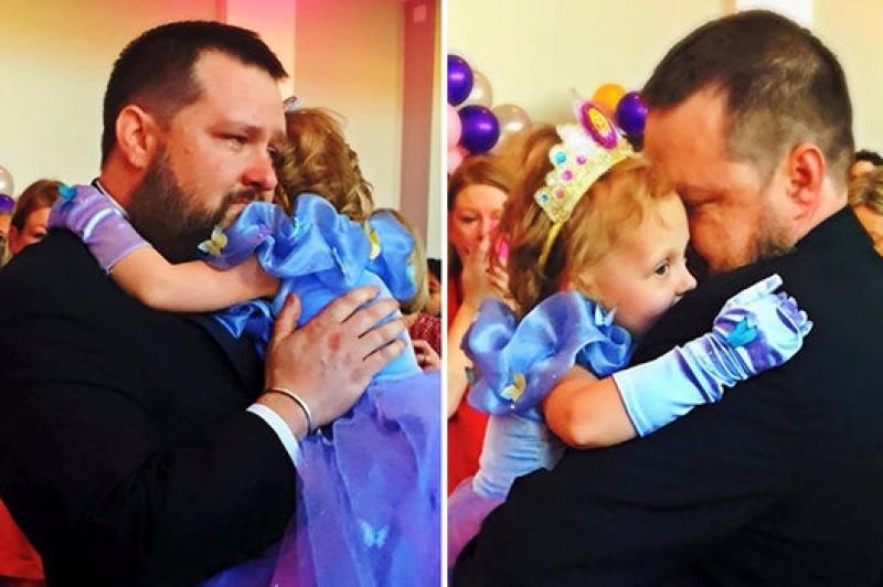 Lila e seu pai, Ryan Schow
