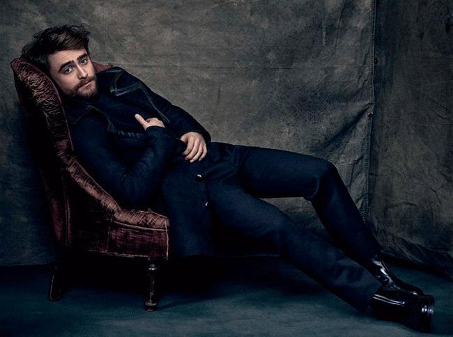 Daniel-Radcliffe-Icon-El-Pais-2015-Cover-Photo-Shoot-005