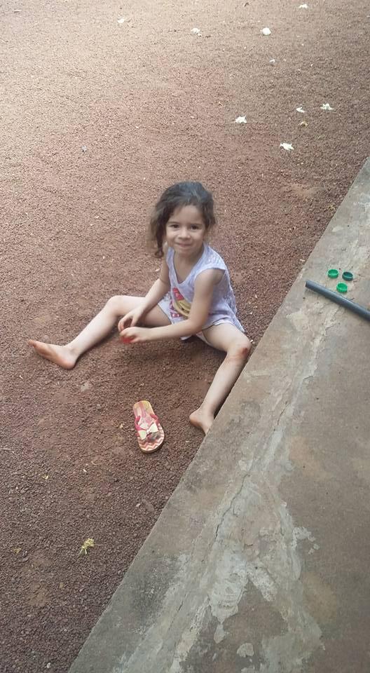 Georgina, 4 anos, filha de Kelly e Evandro