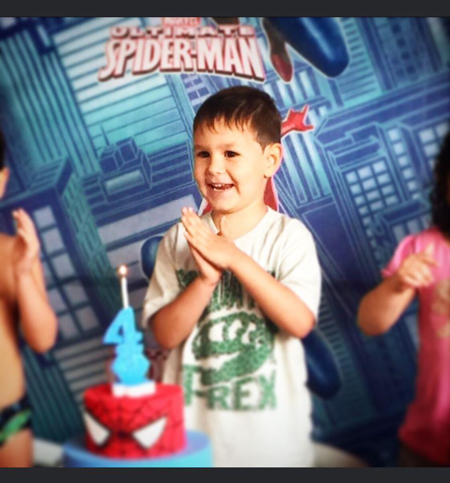 Guilherme, 4 anos, filho de Veronica e João