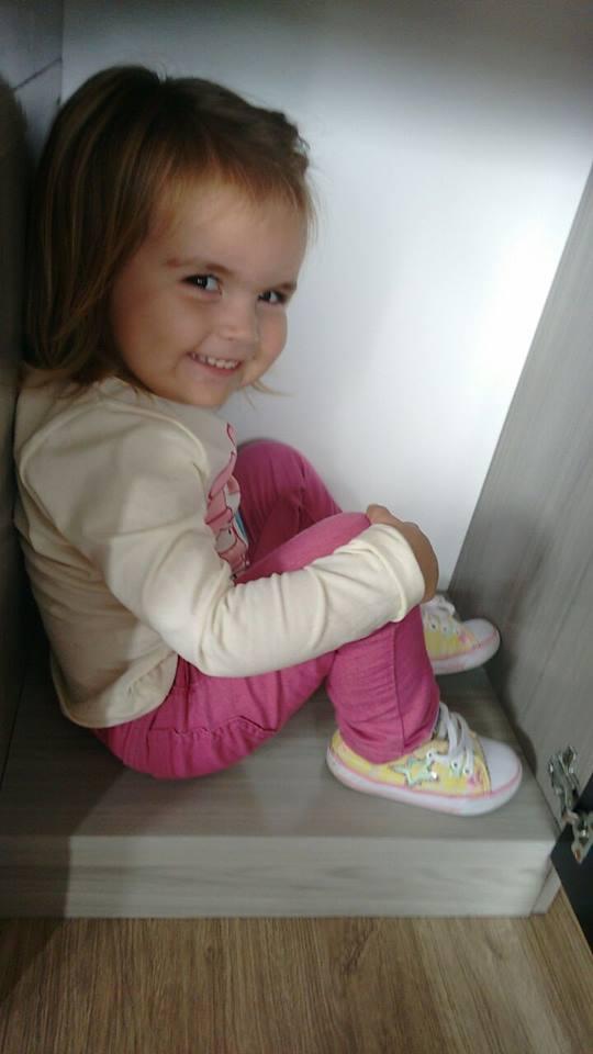 Lívia, 2 anos, flha de Michele e Daniel