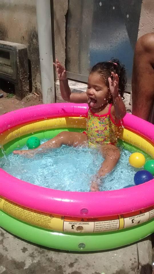Laura, 1 ano, filha de Leonilda e José