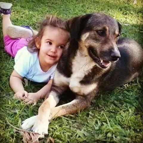 Maria Eduarda, 3 anos, filha de Camilla e Adriano