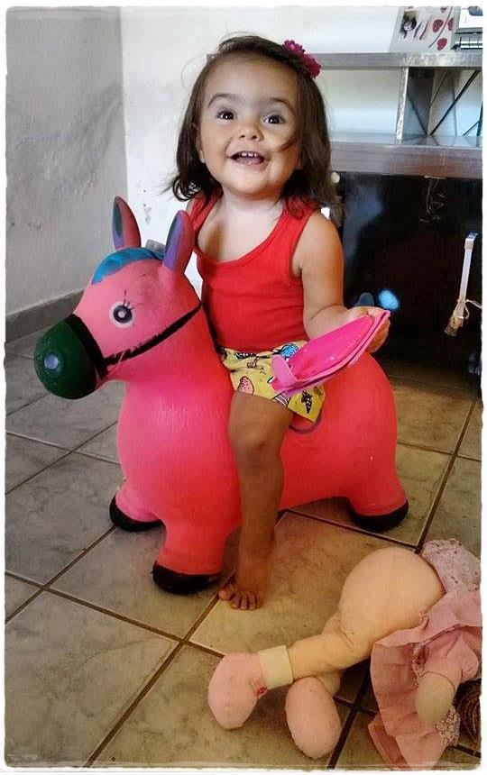 Nicolly, 1 ano, filha de Ana Paula e Ezequiel