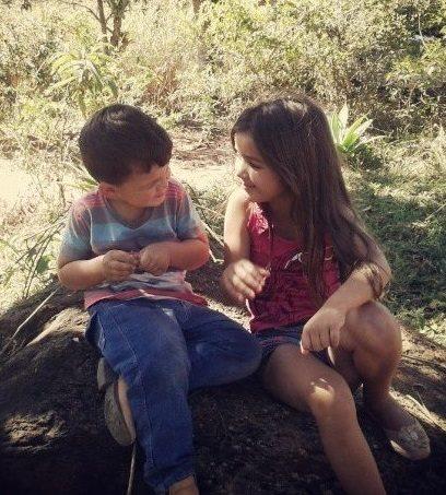 Pedro Lucas, 4 anos, e Maria Luiza, 8 anos, filhos de Mariane e Douglas
