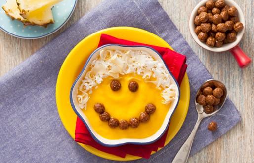 Purê de manga e Nescau Cereal
