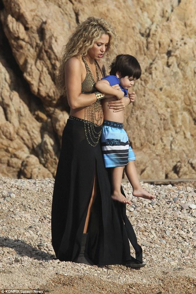 Shakira e filho 1