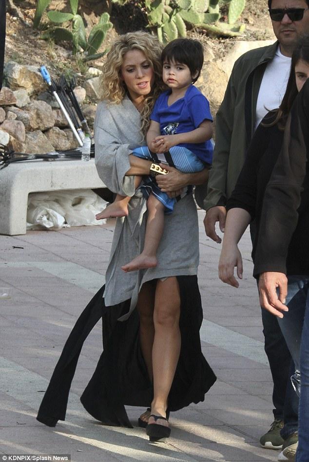 Shakira e filho 3