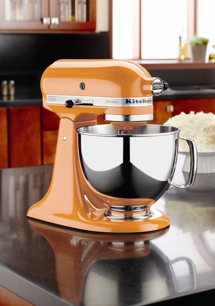 KitchenAid - Stand Mixer Tangerine - R$ 2299,00