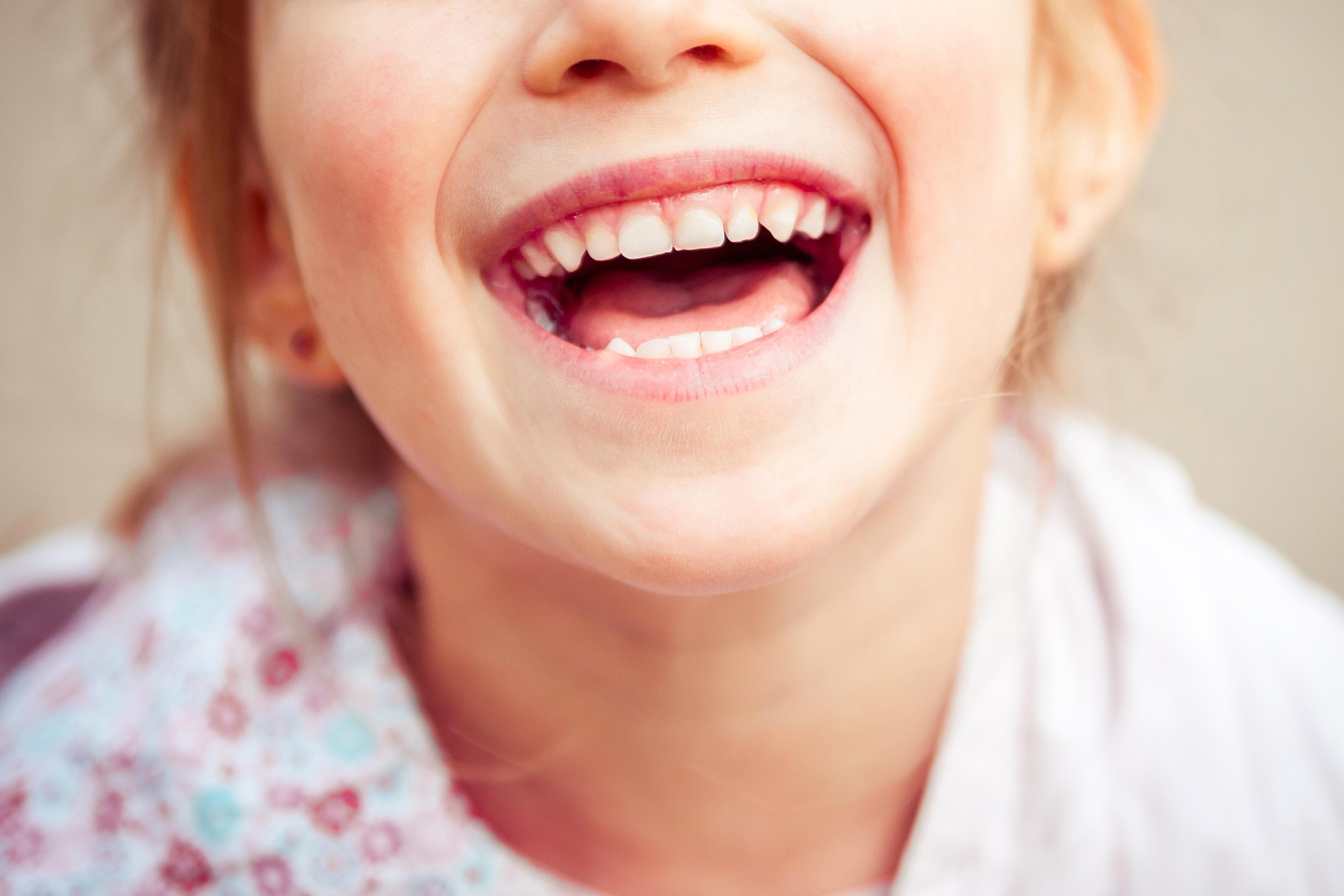 464ae0939 O que seu filho deve comer para manter a boca saudável