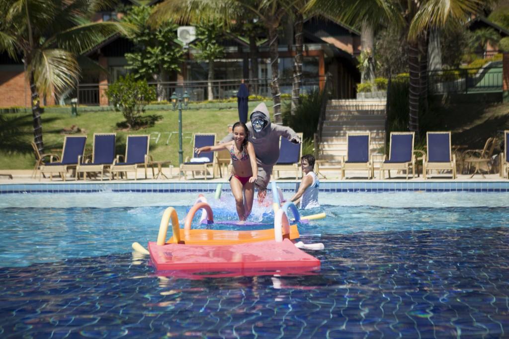Todo mundo pra piscina, gente!