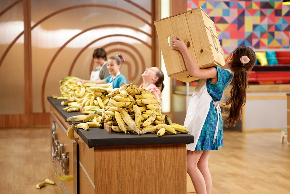 A caixa cheia de bananas, ingrediente fundamental para a primeira prova!