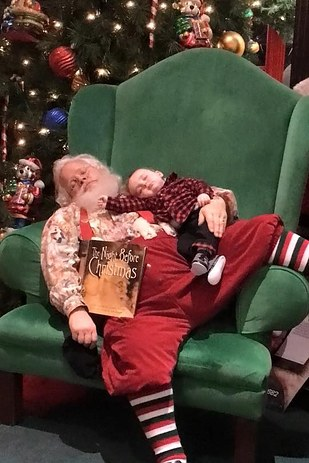 Zeke Walters com Papai Noel