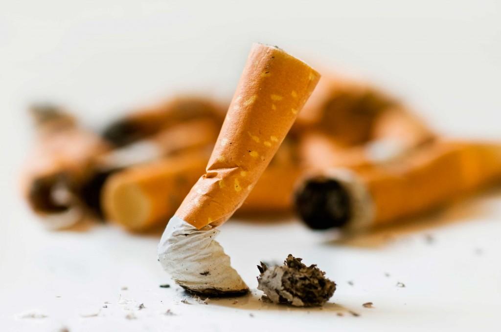 estudo liga preço do cigarro a queda da mortalidade infantil