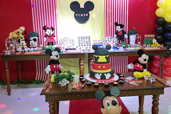 Mickey e sua turma ultrapassaram gerações (Foto: Espaço Encantado)