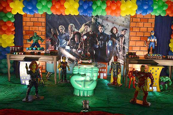 Os Vingadores agradam meninos e meninas (Foto: Espaço Encantado)