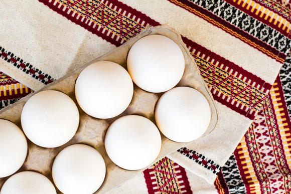 A colina, presente na gema do ovo, ajuda a desenvolver a visão do bebê (Foto: Shutterstock)