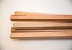Ripas de madeira, ou cabo de vassoura ou cano de PVC (Foto: Carol Bastos)