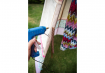 6. Cole uma fita para amarrar esse tecido nas laterais e jogue umas almofadas para ficar ainda melhor! (Foto: Carol Bastos)
