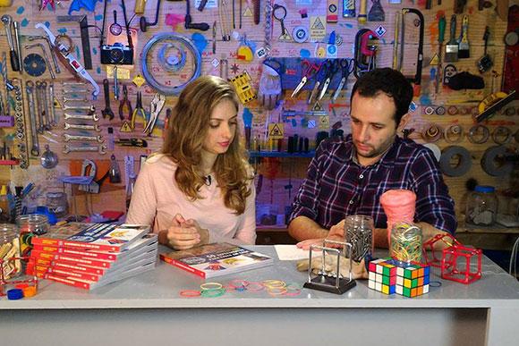 Iberê e a esposa Mariana gravam vários vídeos juntos para o canal (Foto: Reprodução Facebook)