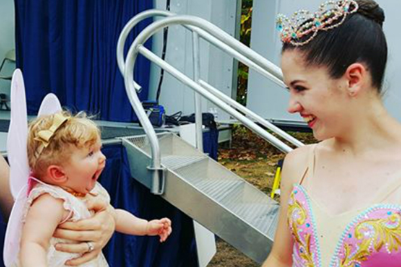 bebê e bailarina
