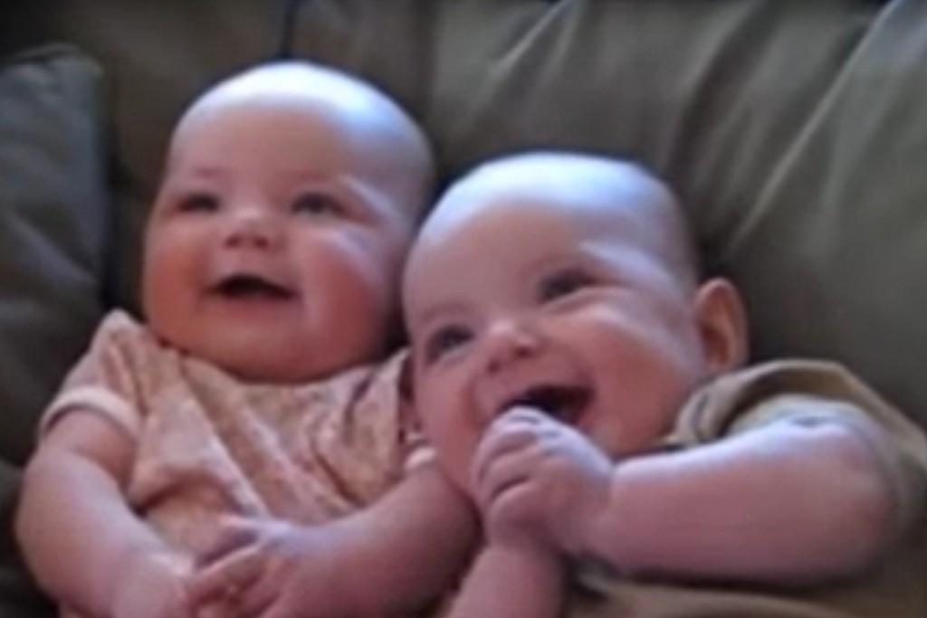risada bebê