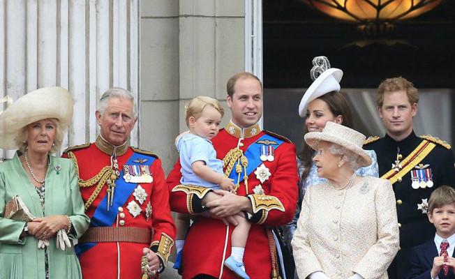 Príncipe George sempre de shorts 1