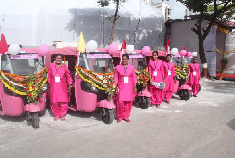 taxi-rosa-india