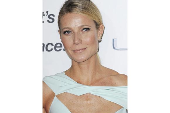 gwyneth-paltrow-mint-dress