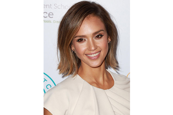 jessica-alba-2015-white-top