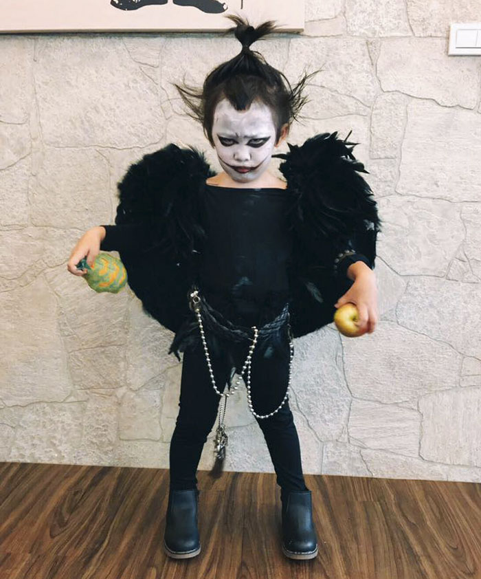 Momo Lu Ryuk se vestiu do anime Death Note este ano