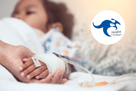 mother-hand-holding-child-hand-who-have-iv-solution-in-the-hospital-picture-id817180340