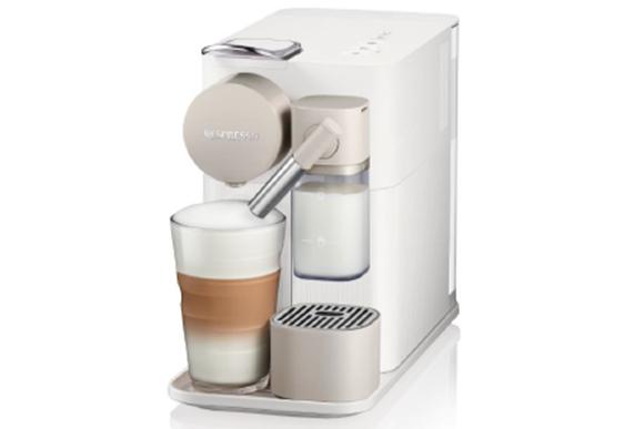 Essa é a Lattissima One, máquina de café com design compacto e sofisticado, que facilita o preparo de bebidas com leite. Nespresso, R$ 949,00, nas Boutiques Nespresso, online em www.nespresso.com - Foto: divulgação
