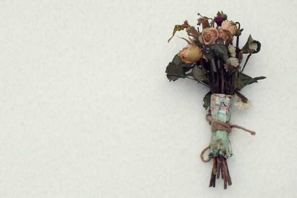dried-bouquet-on-white-background-picture-id508939100