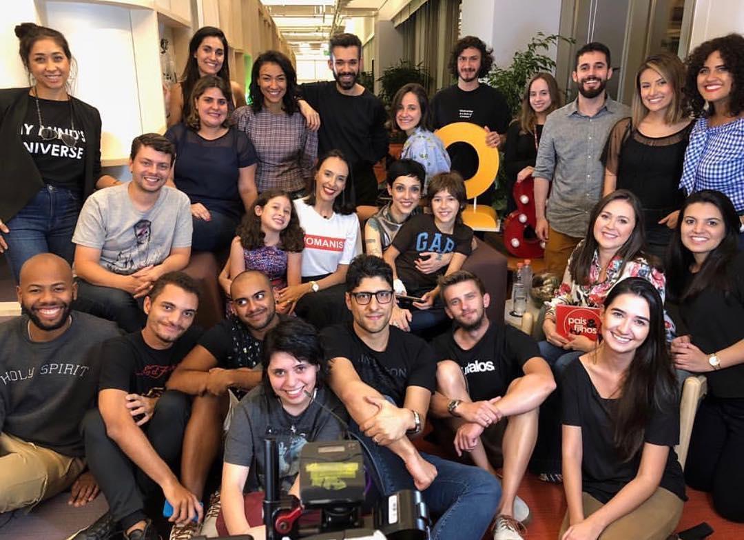 Olha só o timaço da Youse + Pais&Filhos que fez tudo acontecer perfeitamente! (Foto: Divulgação/Pais&Filhos)