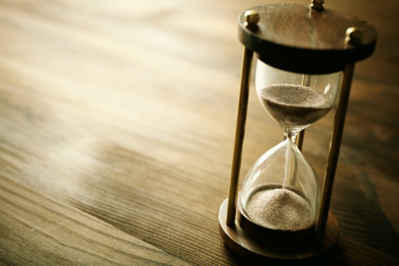 hourglass-picture-id119509830
