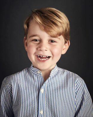 Próximo sucessor, Príncipe George. (Foto: Reprodução)