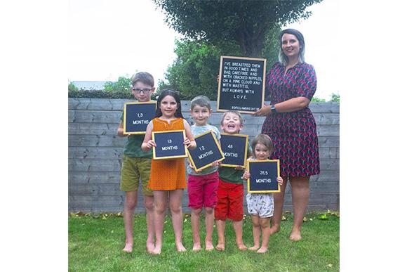 Sofie Lambrecht é mãe de cinco (Foto: Reprodução/ Facebook @lambrechtsofie)