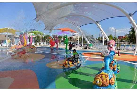 As crianças tem segurança para se divertirem mesmo com suas deficiências (Foto: Reprodução/ Hypeness)