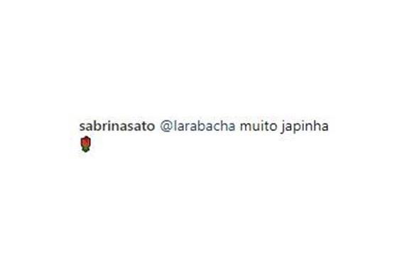Sabrina Sato comenta a aparência da filha.