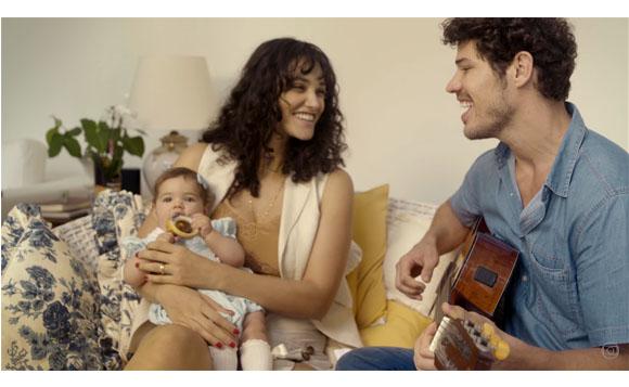 Família para documentário da Globo (Foto: reprodução)