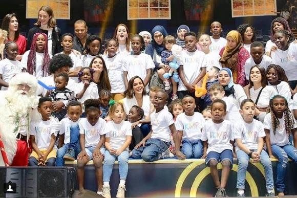 A ONG ajuda mais de 500 crianças refugiadas (Foto: Reprodução/ Instagram @ikmr_brasil)
