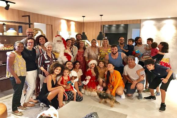 A família Gil no Natal (Foto: Instagram/@pretagil/Reprodução)