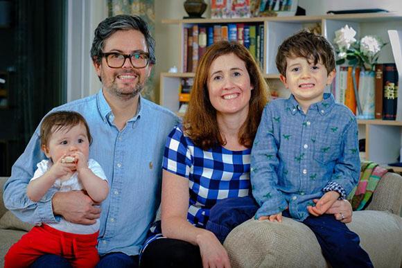 A família optou por não dar presentes de Natal aos filhos (Foto: Reprodução/ The Sun)