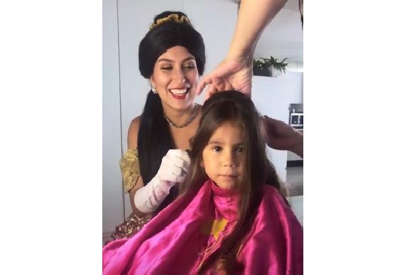 Maria Flor teve uma preparação digna de princesa! (Foto: Reprodução/ Instagram @dedesecco)