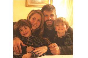 Shakira e Piqué são casados e possuem dois filhos