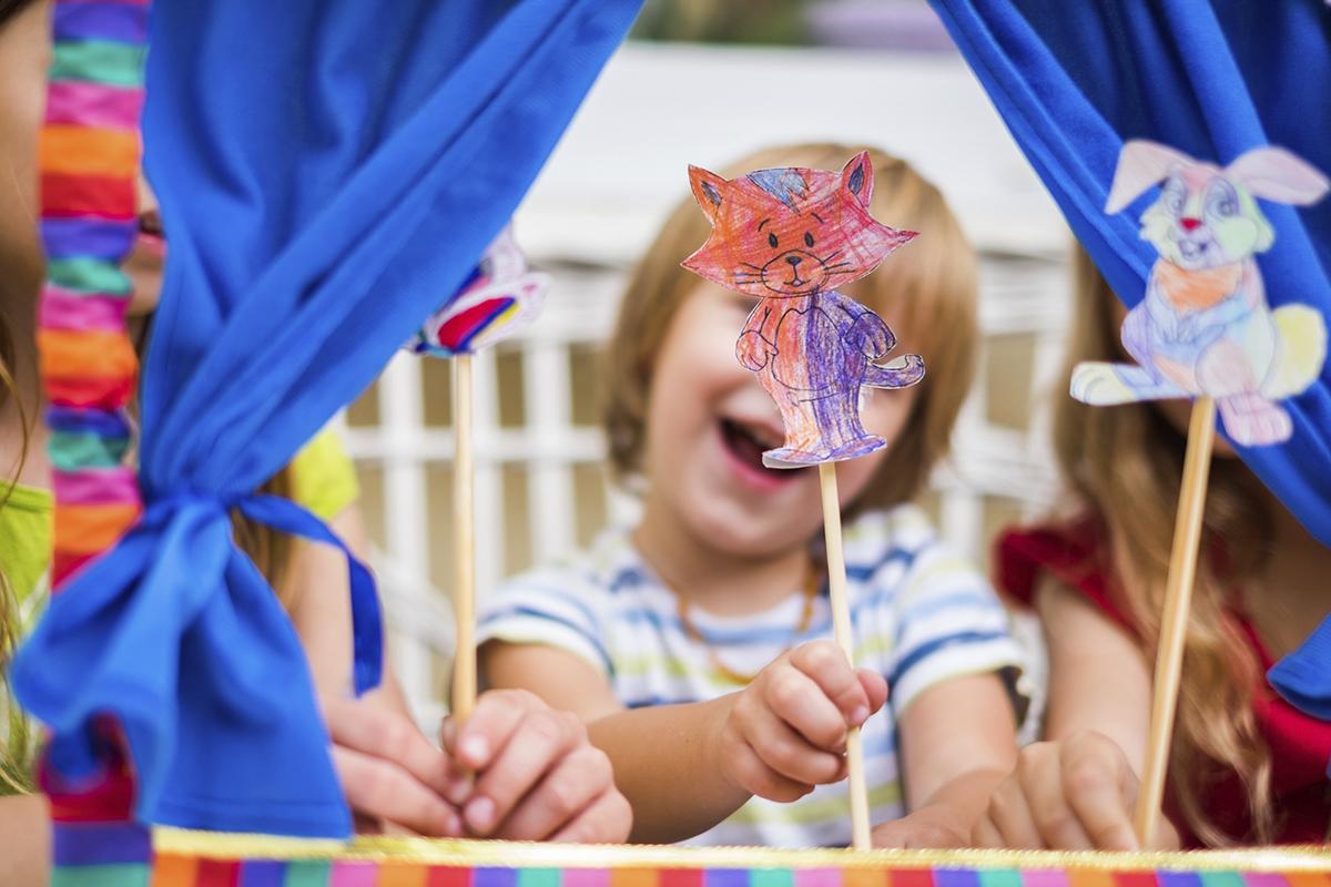 Teatro de Fantoches estimulam a criatividade da criança