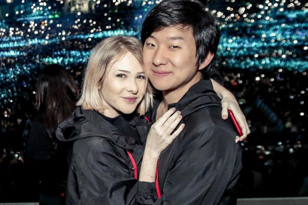 Sammy e Pyong Lee são pais de Jake