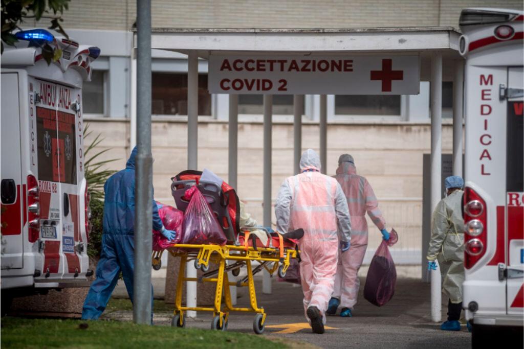 """Enfermeiro italiano abre o coração e faz alerta: """"Não é por que você é rico que vai conseguir se salvar"""" – Pais&Filhos"""